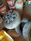 للبيع جنوط مع كفرات النترا 2011
