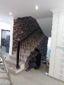فني الشرقيه لجميع انواع ورق جدران ب