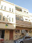 شقة واسعة وكبيرة في حي منفوحة خلف بنك الراجحي