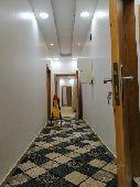 شقة 4 غرف كبيره للايجار