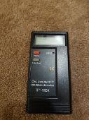جهاز قياس الاشعاع الكهرومغناطيسي