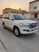 للبيع لاندكروزر GXR v8 سعودي2016