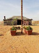 مخيم (الضيافة) شمال طريق الملك سلمان للإيجار