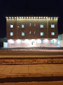 شقق تمليك فاخره مساحة الشقه 245م حي الملك فهد