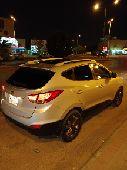سيارة توسان 2015 للبيع