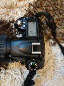 كاميرا احترافية نيكون Nikon d90 نظيفة جدا