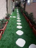 عشب صناعي ونجيله طبيعي تنسبق حدائق وستراحات و