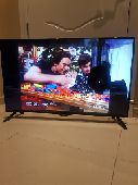 تلفزيون LG حجمه 42 smart للبيع عالسوم