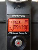 جهاز زوم لتسجيل الصوت