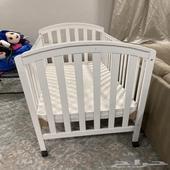 سرير اطفال للبيع لغاية عمر سنتين