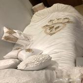 مفرش نفاس وسرير طفل نظيف