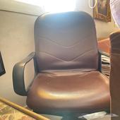 عفش للبيع(ثلاجة- كرسي- طقم كنب - طاولة تلفزيون )