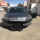 سيارة للبيع تويوتا انوفا