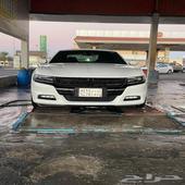 تشارجر نظيف جدا ( وكالة ) 2017 V8 ابيض 82K