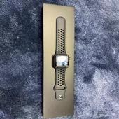ساعة أبل سيريس3 اصدار نايك
