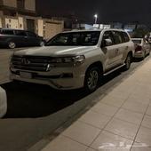لاندكروزر 2018 سليم ماشي 94000الف استعمال نظيف