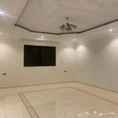 شقة للايجار 4 غرف وصالة مدخلين الجنوبية شارع 25