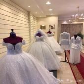 للتقبيل محل جاهز كل ماتحتاجه العروسه