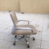 طاوله   كرسي جديده وبسعر مغري
