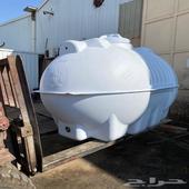 تانكي ماء سعة 3000 للبيع جديد لايخلو من الخدوش