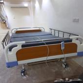سرير لكبار السن والمرضى طبي