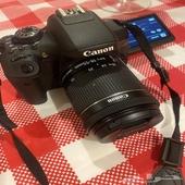 كاميرا كانون احترافيه