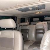 فورد اكسبلور اللون ذهبي جلد فتحه في السقف السيارة نظيفة