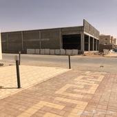 محلات 4 ومسدود علا طريق الملك فيصل بن عبد العزيز للإيجار