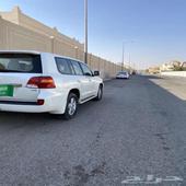 تويوتالاندكروزر GXRسعودي فل كامل2014نظيف جدا