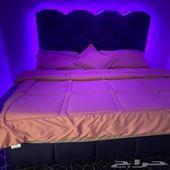 سرير نفرين على شكل خلايا نظيف جدا شبه الجديد وقابل للتفاوض