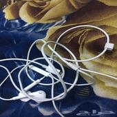 سماعات ايفون 7 مستعمل نظيفه