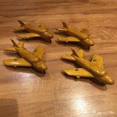 طائرات خشبية ديكور