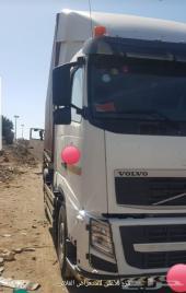 شاحنة فولفو الزاهد موديل 2011 للبيع