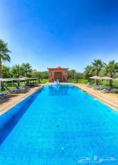 قصر راقي للبيع 7 أجنحة بمراكش الساحرة بالمغرب