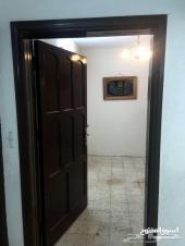 شقة 3 غرف دور أرضي باب مستقل