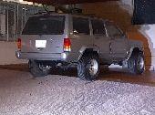 شيروكي للبيع موديل 2000