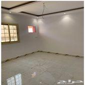 شقة للبيع 4غرف مستقله بخدماتها من المالك