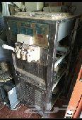 مكينة ايسكريم للفودترك او المحلات 3عيون 220V