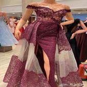 فستان للبيع فساتين مستعمله