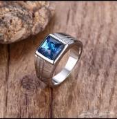 مزاد على خاتم فص زركون ومعدن تيتانيوم