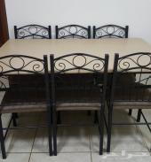 طاولة جديدة للبيع