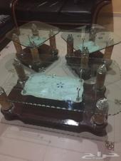 طاولات مودرن زجاج مستعملة للبيع