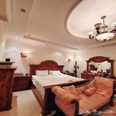 غرفة نوم فاخرة جدا ومكلفة للبيع بالكامل