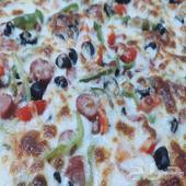 بيتزا كبيرة