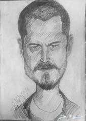 رسام لرسم الصور الشخصية او رسمة هدية لشخص