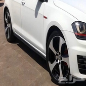 للبيع جنوط Golf GTI Mk7 نظيفه جدا