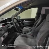 سيارة كورية 9 مقاعد للبيع