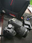 كاميرا كانون D 700