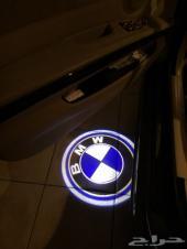 اضاءة شعار bmw للأبواب
