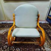 كرسي هزاز خشبي